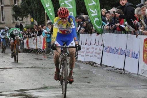 Coupe de France cyclo-cross : Francis Mourey et Evita Muzic sur le podium