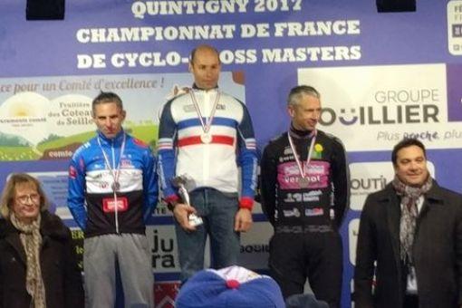 Championnats de France cyclo-cross Master : 12 médailles !