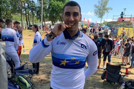 Léo GAROYAN champion d'Europe BMX par équipes !